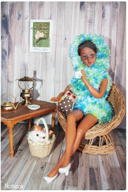 robe pilou à capuche en tricot  pour Dolls