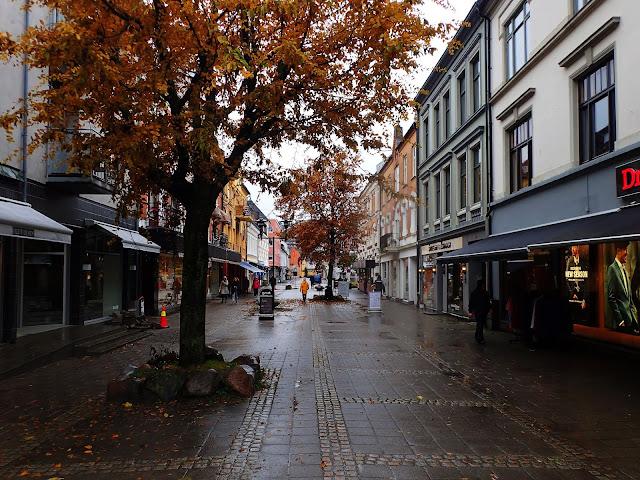 Centrum Sandefjord nie jest szczególnie urodziwe