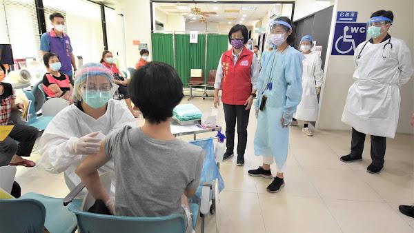 微解封後首假日萬人開打 關心彰化縣疫苗預約接種情形