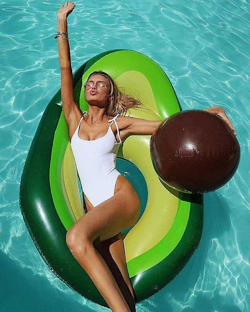 Dàn thiên thần Victorias Secret đua nhau khoe ảnh bikini mùa hè