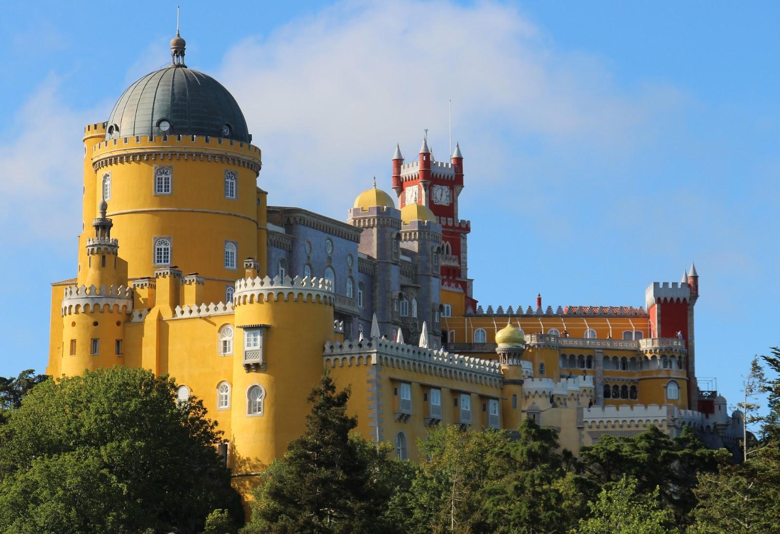 Turismo em Portugal  Palacio Nacional da Pena