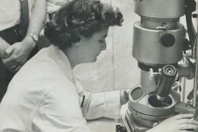 June Almeida penemu virus corona pertama kali di dunia