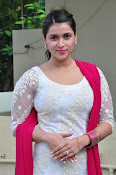 mannara chopra beautiful photos-thumbnail-16