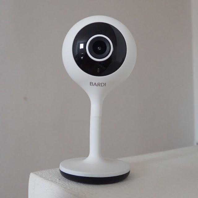Menjaga Rumah Tetap Aman dengan BARDI Smart Indoor Static IP Camera