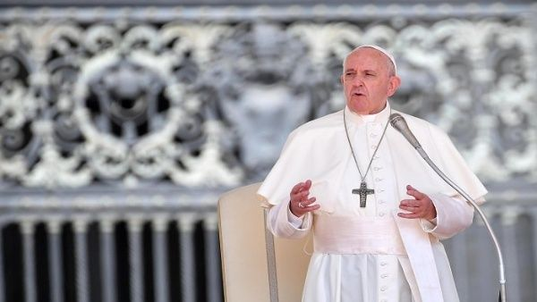 Papa Francisco condena uso del lawfare para encarcelar políticos
