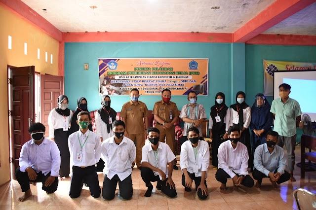 Kadis Pendidikan dan Kebudayaan Sijunjung Ramler,SH.MM : PKBM Berkat Usaha latih 15 generasi muda, kurangi pengangguran.