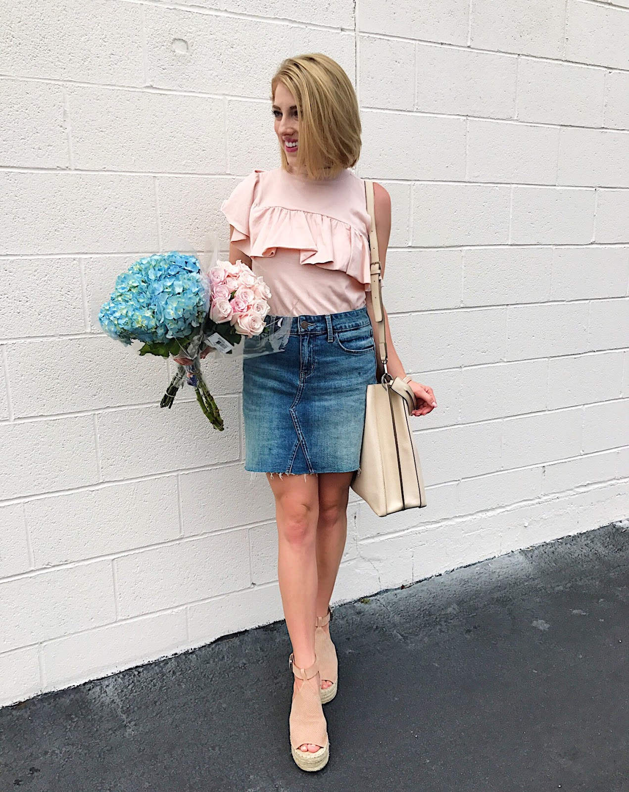 How to style a denim skirt - Click through to see more on Something Delightful Blog.