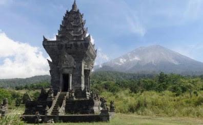 Candi Jawar Ombo Malang