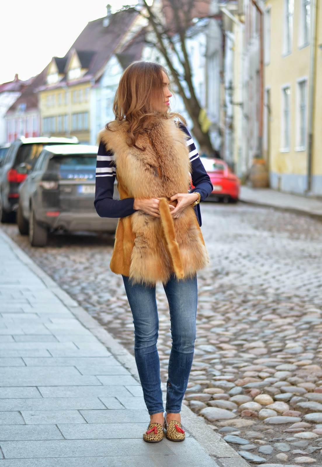 spring outfit fur vest navy sweater guess jeans leopard flats kristjaana mere