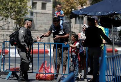 Israël va rouvrir l'esplanade des Mosquées dimanche dans - DISCRIMINATION - SEGREGATION - APARTHEID - RACISME - FASCISME a10
