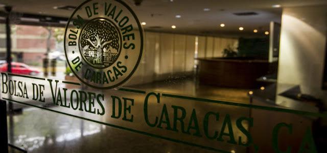 Análisis | ¿Tiene sentido emitir deuda en divisas en Venezuela?