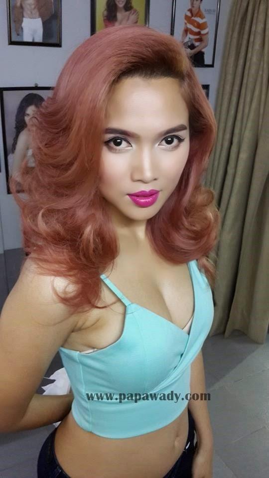 Aye Myat Thu and Ma Htet Selfie Snapshots