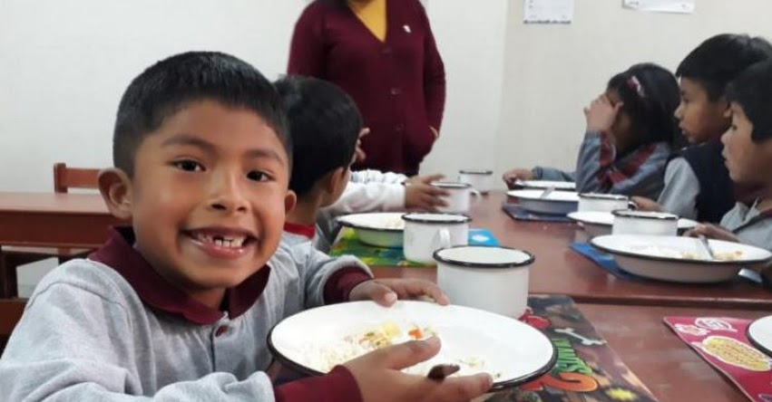 QALI WARMA: Programa social supervisa reinicio de servicio alimentario en distritos afectados por volcán Ubinas - www.qaliwarma.gob.pe