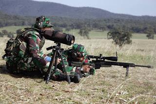 Sniper dan Spotter TNI AD di AASAM 2017