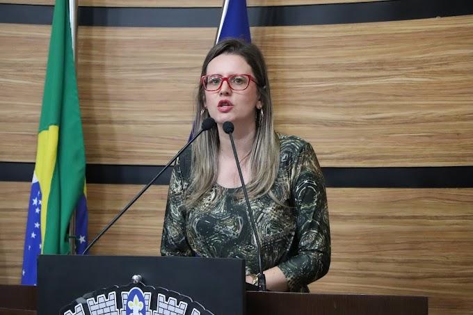 MANDATO EM AÇÃO   Viviane destaca ação pioneira do Hospital de Base
