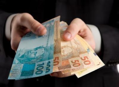 Prefeitura de Prata paga salários de servidores nesta sexta-feira