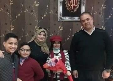 عيد الشرطةال 69 عيد الشعب والشرطة معا إحتفال بعض الأطفال في بورسعيد وتقديم الورود عرفانا وأمتانا للشرطة