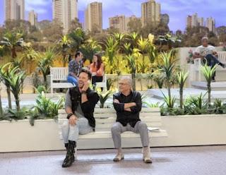 Morre de Covid-19 Kleber Lopes, humorista de A Praça é Nossa