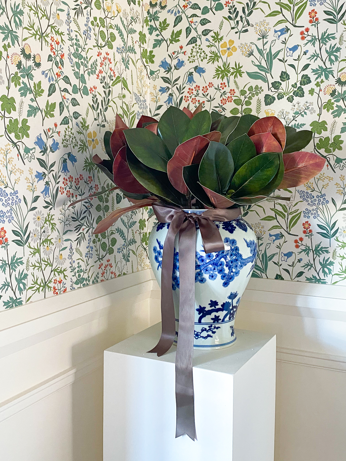 magnolia in ginger jar, christmas dining room decor