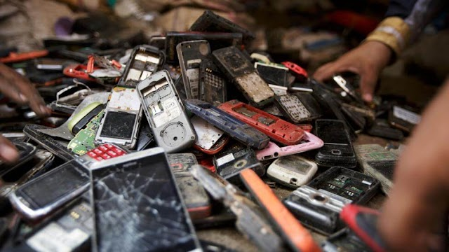 How Many Phones are Thrown Into the Rubble Every Year?