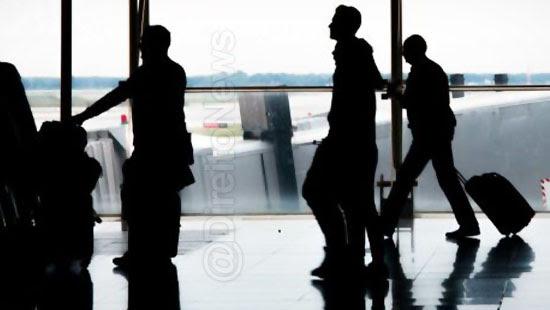 consumidores-indenizados-falta-informacoes-voo-direito