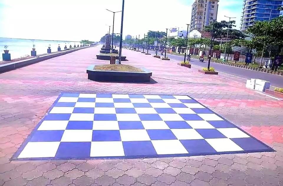 Kozhikode Beach Footpath