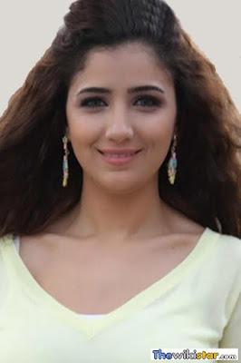 قصة حياة مي عمر (Mai Omar)، ممثلة مصرية.