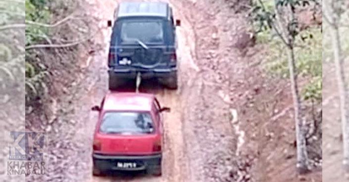 Berlumpur Dan Sukar Dilalui | Penduduk Rayu Jalan Kampung Dinaik Taraf