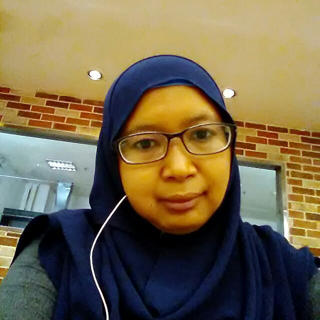 Elisa Seorang Janda Beragama Islam Suku Sunda Jawa Profesi Karyawan Swasta Di Bekasi Provinsi Jawa Barat Mencari Jodoh Pasangan Pria Untuk Jadi Calon Suami