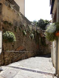 サレルノの街の坂道