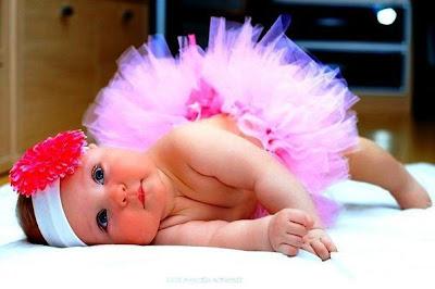 Aksi dan Wajah Baby Comel