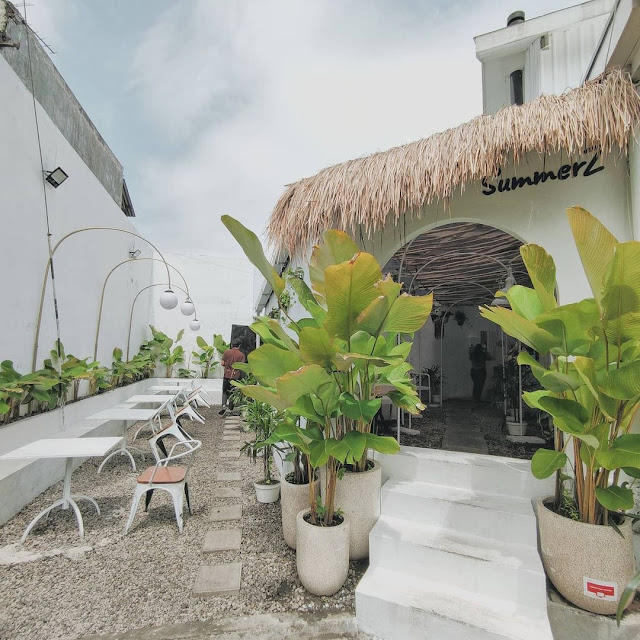 SummerZ Cafe Surabaya