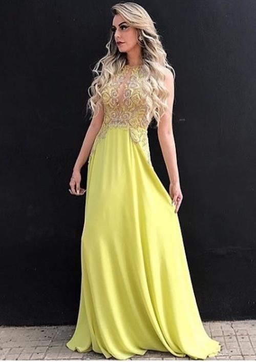 vestido de festa amarelo longo bordado