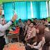 Pertama Kali Masuk Sekolah, Ratusan Siswa SMP 2 Kandangan Kedatangan Pengajar  Baru Bapak Kapolres