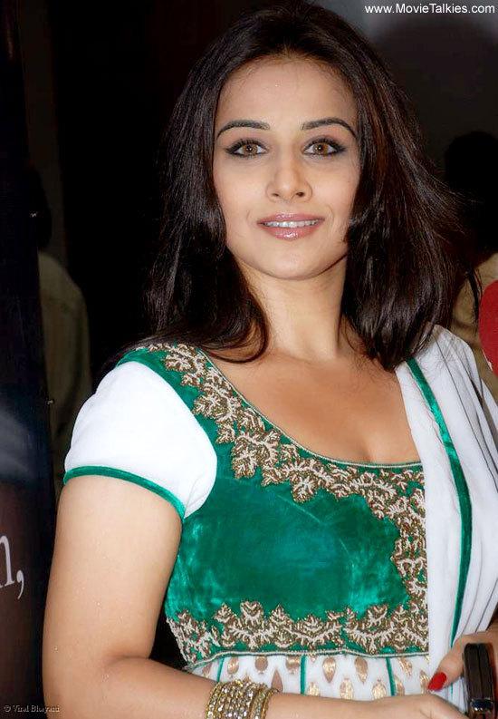model glamour indian hot amp beautiful actress vidya balan