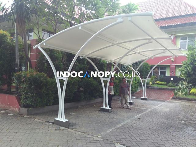 canopy membrane parkiran motor
