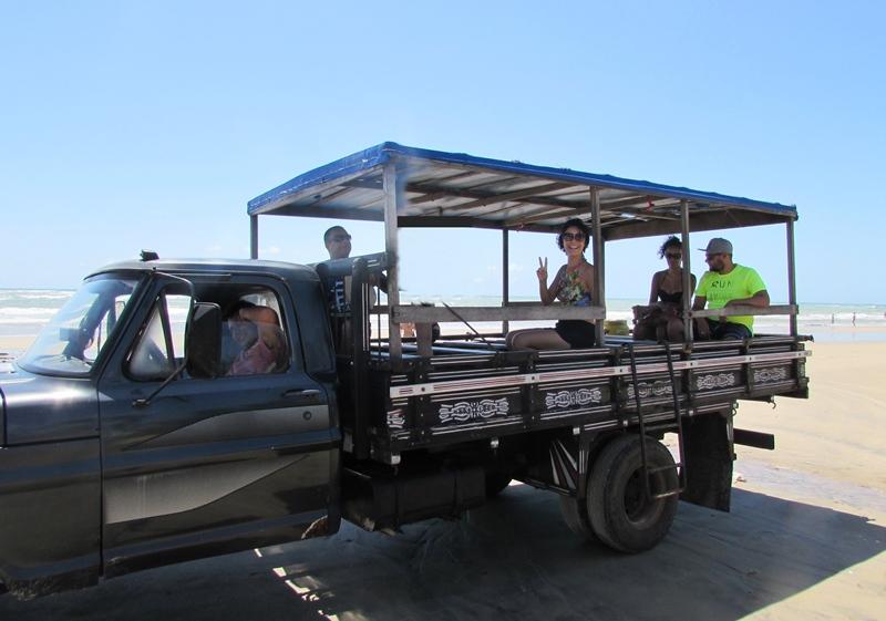 Passeio de Pau-de-Arara e Catamarã em Mundaú