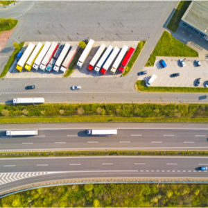Truckers parked using TruckLogics to improve time management tips
