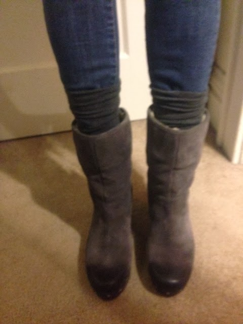 6d378f8018 Shoes I love... and those I don t...  Ugg Lynnea Clog Boot