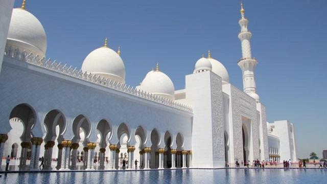 جامع الشيخ زايد الكبير بدولة الامارات العربية المتحدة