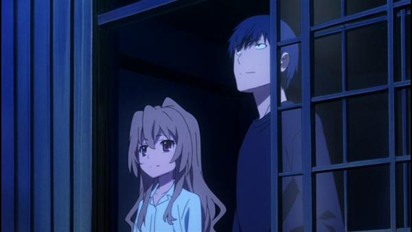 Toradora - Anime romance perempuan pendek lelaki tinggi