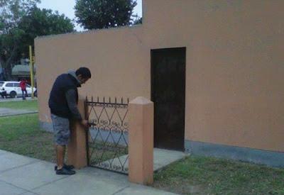 Funniest Door Mistake And Fails