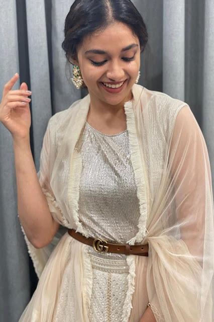 Sarkaru Vaari Paata Movie Actress Keerthy Suresh Sexy Photo Stills Navel Queens
