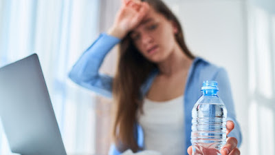 Tanda-tanda umum dehidrasi yang HARUS Anda waspadai