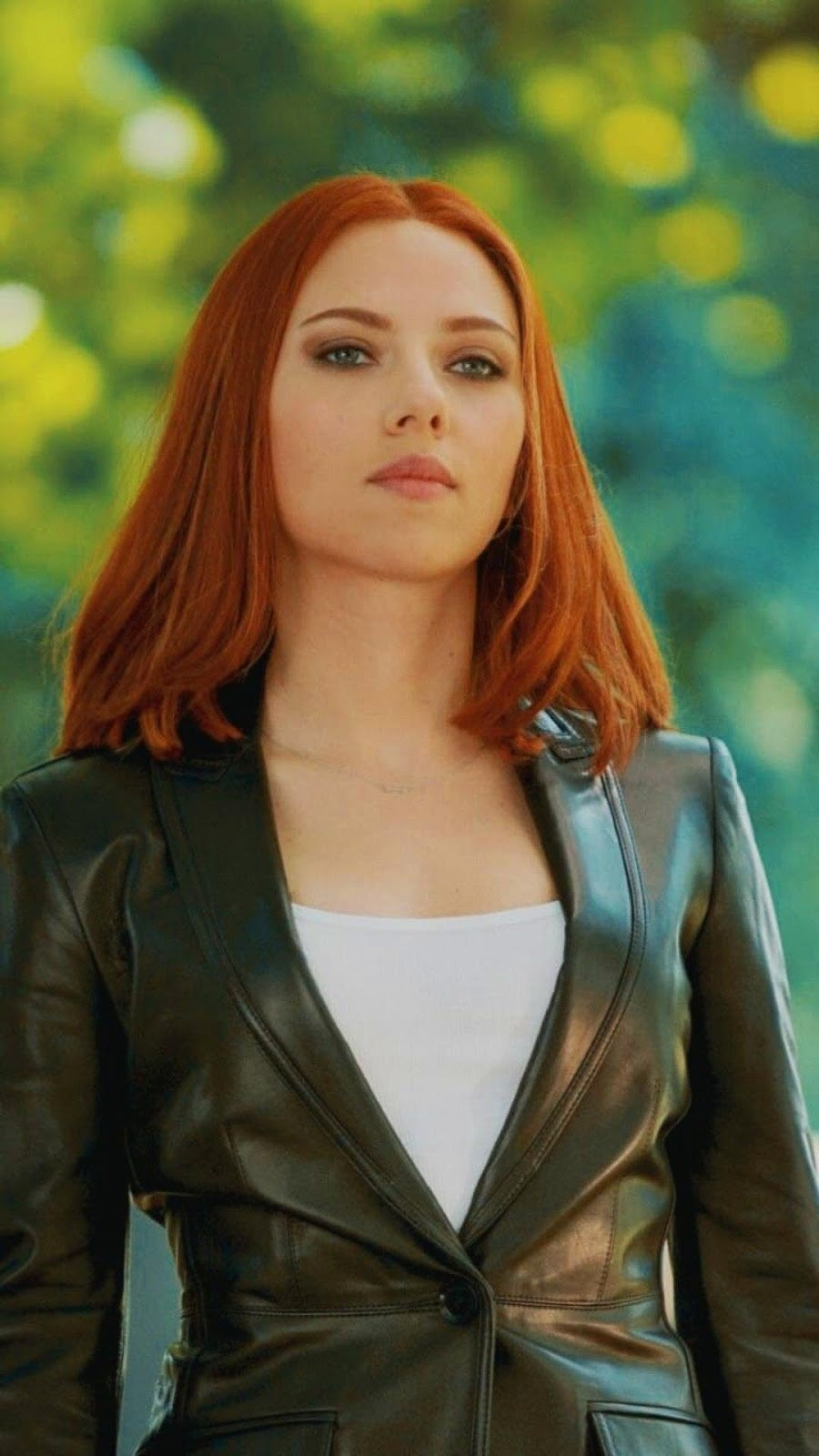 Black Widow Mobile Wallpaper sekertaris seksi