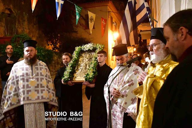 Το Ναύπλιο τιμά την Αγία Βαρβάρα από το 1828 ως προστάτιδα του πυροβολικού με απόφαση του Ι. Καποδίστρια (βίντεο)