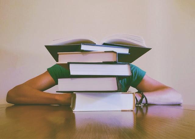 9 Cara Efektif Agar Skripsi Dapat Selesai Dalam 1 Semester.
