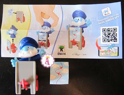 Гном Смурфик, работающих в аэропорту - игрушка из киндеров