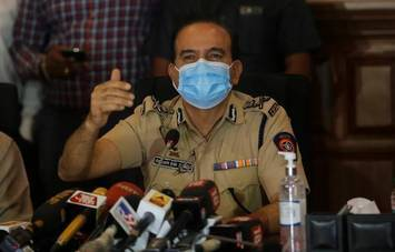 Mumbai Police Commissioner Param Bir Singh addresses the media in Mumbai on October 8, 2020. | Photo Credit: Emmanual Yogini