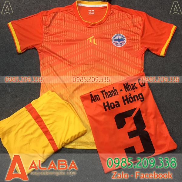 Áo bóng đá không logo màu cam đẹp